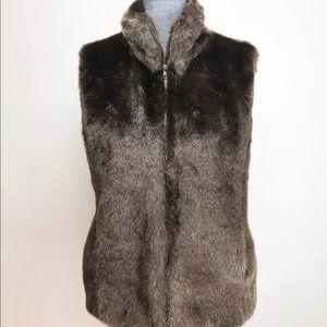 DVF faux fur vest large